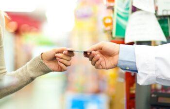 Tesco Visa Clubcard wydawana przez Meritum Bank najlepszą kartą lojalnościową